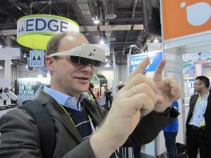 Mirama-AR-Brille mit Gestensteuerung